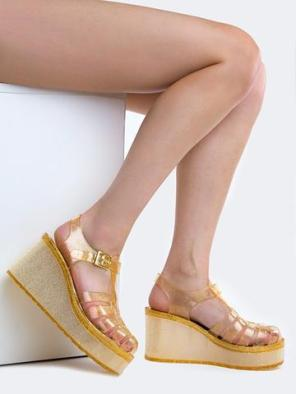 https://zooshoo.com/collections/sandals/products/flink-shoes-chantal92goldglitter